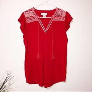 Liz Claiborne red boho style top with tassles med